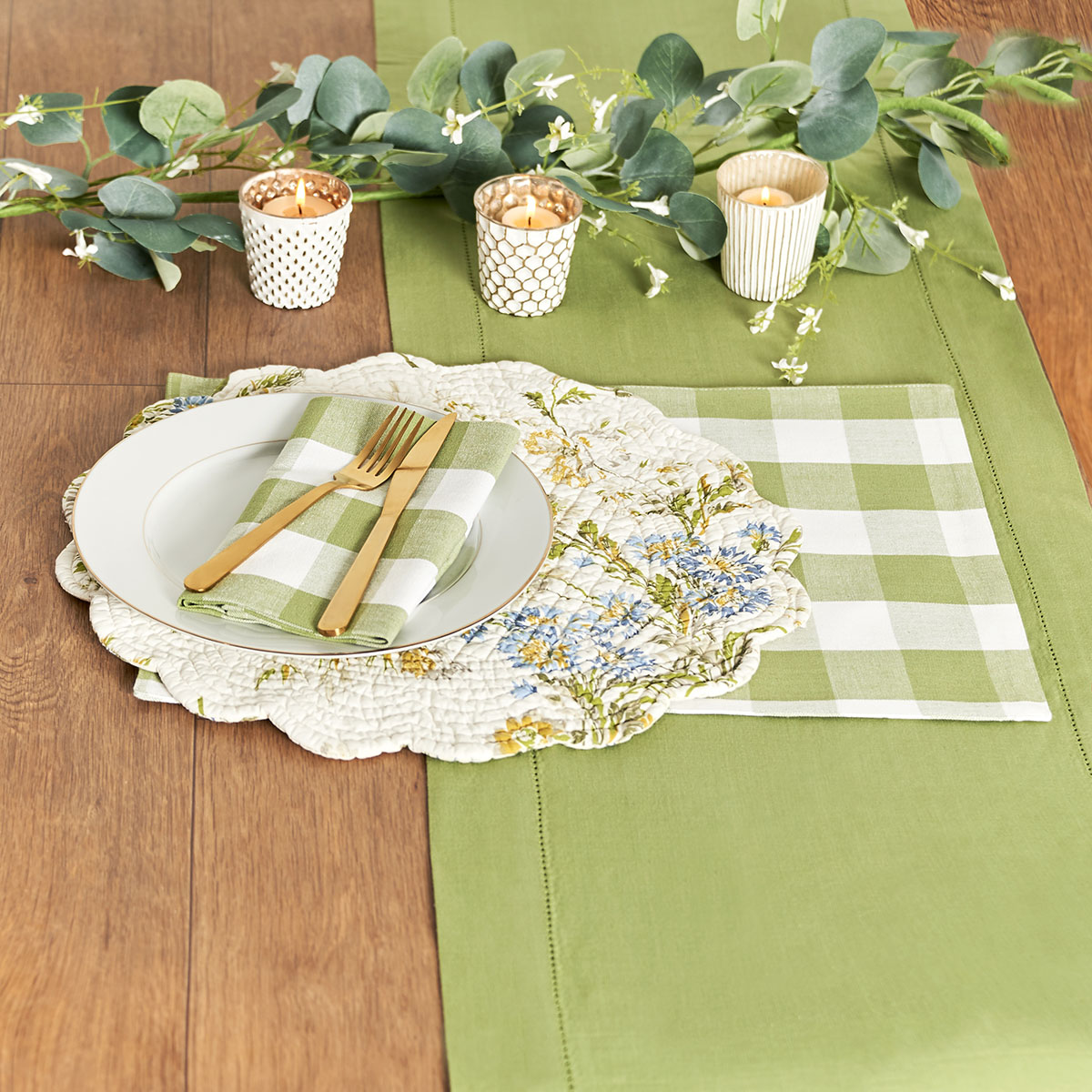 C&F Everyday Tabletop_Table Runners.jpg